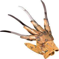 Фигурка A Nightmare on Elm Street - Freddy Metal Glove (Deluxe)