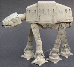 Фигурка Star Wars - AT-AT Scale Model Kit